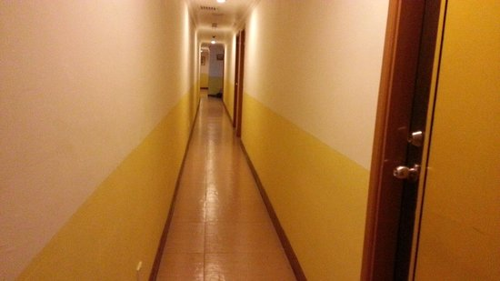 Hotel China Town 2 : wifi is too good outside room. faster internet. inside room wifi reception has single point and