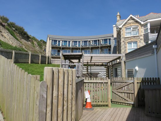 Watergate Bay Hotel: Ocean view rooms from the beach