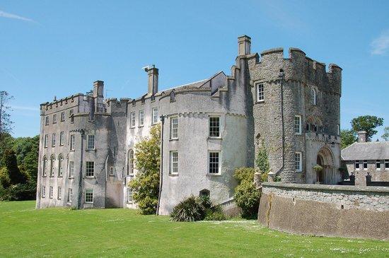 Picton Castle & Gardens : Picton Castle exterior