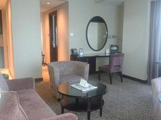Rose Rayhaan by Rotana - Dubai: Living room