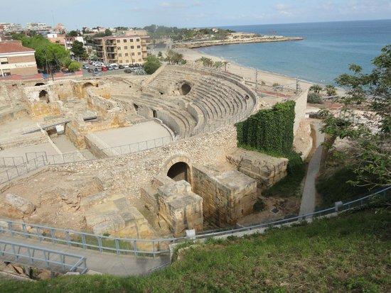 ローマ式円形競技場