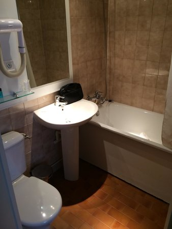 Hotel Charing Cross: Salle de bain - chambre 204