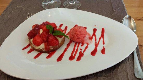 Auberge de Catherine: Tarte aux fraises sur sable