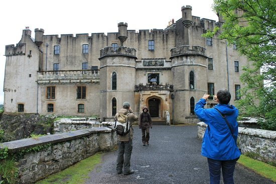 Dunvegan Castle & Gardens: Castle