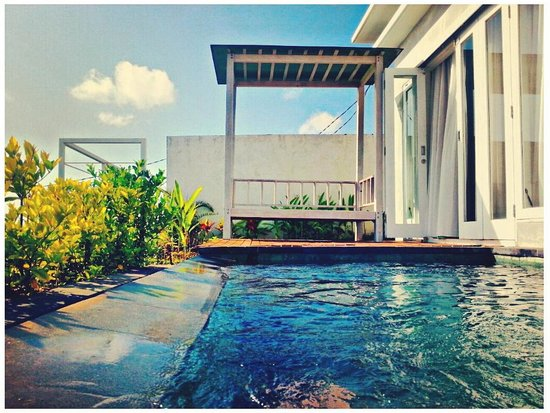 Paradise Loft Villas Jimbaran : Plunge pool in the morning
