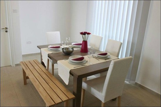 Napian Suites: Modern Dining Room