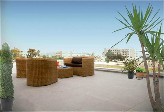 Napian Suites: Huge Modern Terrace