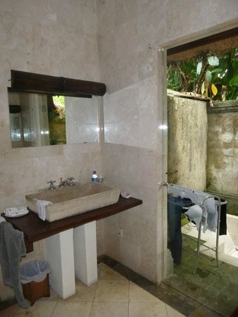 Gaya Villas at Gaya Fusion: Beautiful bathroom