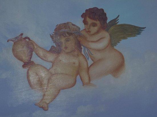 Atlantica Bay Hotel: roof paintings returant loby