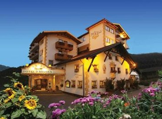 Photo of Hotel 3 Sonnen Serfaus