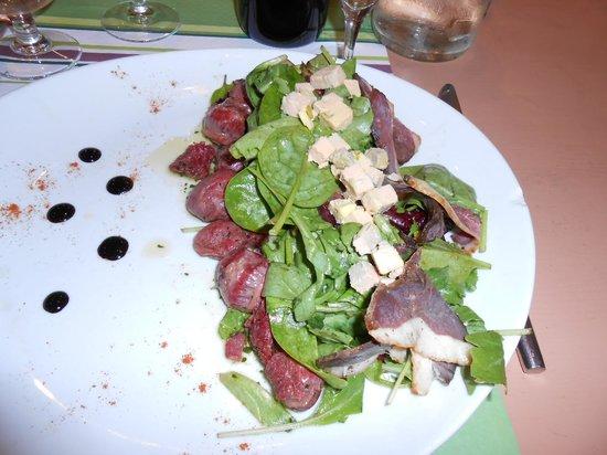 Au Vilain Petit Canard : salade perigourdine