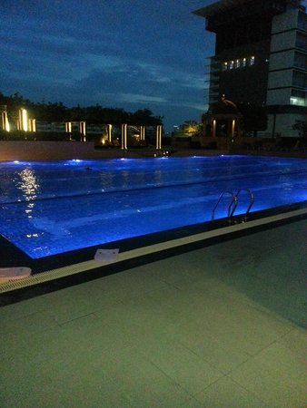 Pathumwan Princess Hotel: piscine