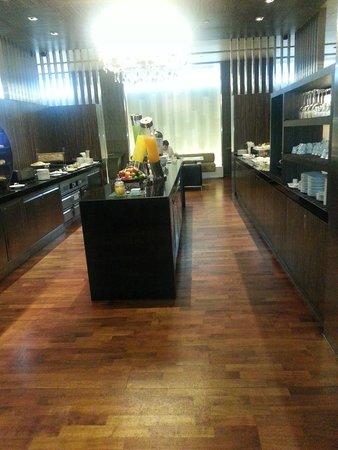Pathumwan Princess Hotel: Club Lounge petit déjeuner