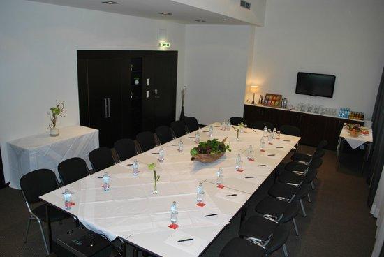 The Levante Parliament: Meetingraum