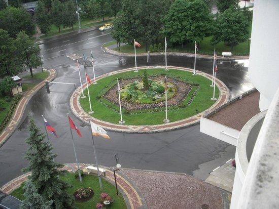 Holiday Inn Moscow Seligerskaya : ホテルの入り口