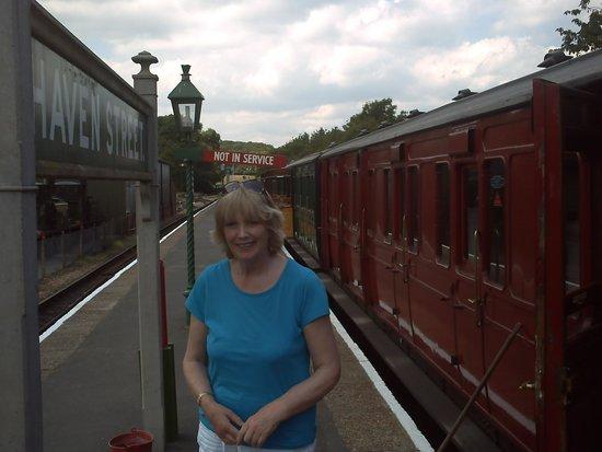Isle of Wight Steam Railway: Haven Street