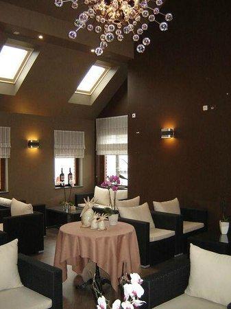 la maison blanche gembloux restaurant avis num ro de t l phone photos tripadvisor. Black Bedroom Furniture Sets. Home Design Ideas