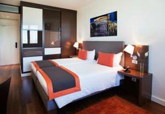 H10 Roma Citta : Room