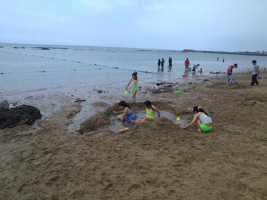 Cianshuei Bay