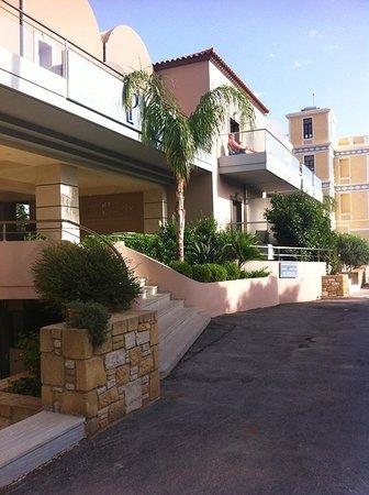 Libyan Princess: L'hotel dall'esterno