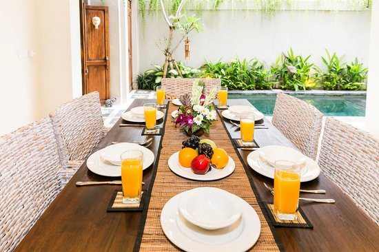 Aroha Boutique Villas: breakfast each morning