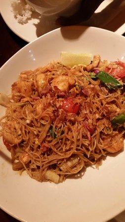 P.F. Chang's: noodles