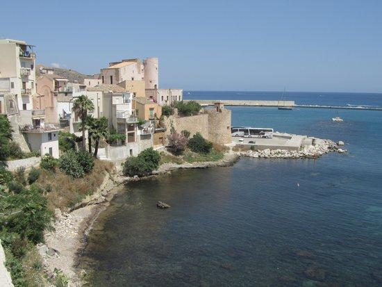 Hotel Cala Marina: Het kasteel vanuit ander gezichtspunt