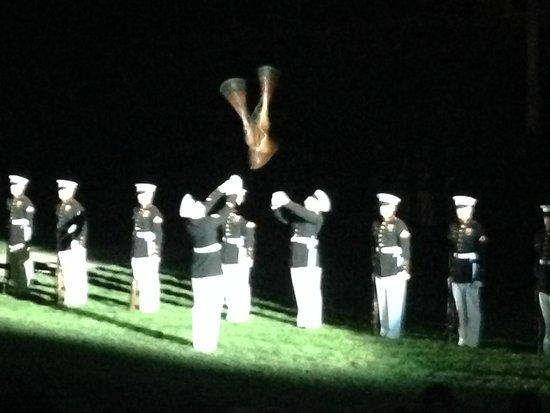 U.S. Marines Sunset Parade : Silent Drill Team 6-14