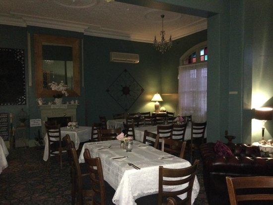 Abermain Hotel: the gorgeous dining room