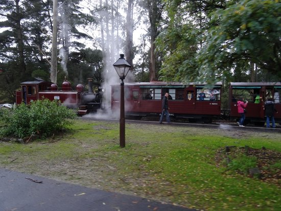 Puffing Billy Railway: The beautiful Puffing Billy