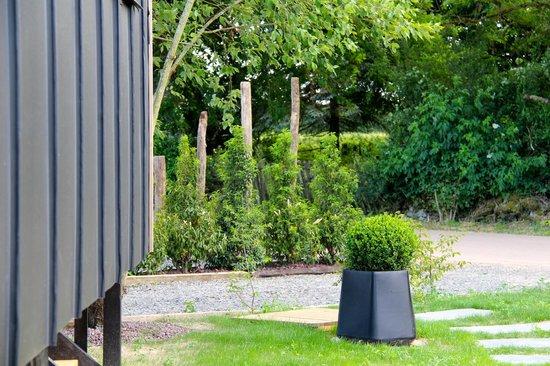 Le Domaine des Prés Verts Spa : Le jardin du Refuge des Prés Verts