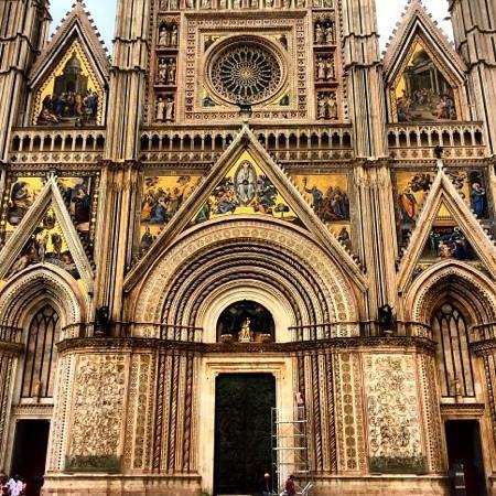 Duomo di Orvieto: fachada
