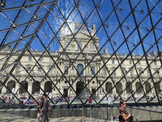 Musee du Louvre: particolare