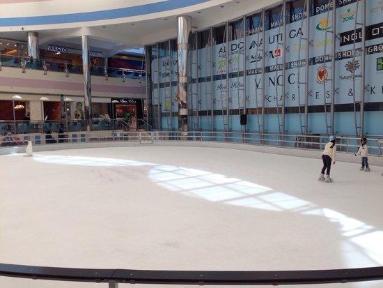 Marina Mall Ice Rink