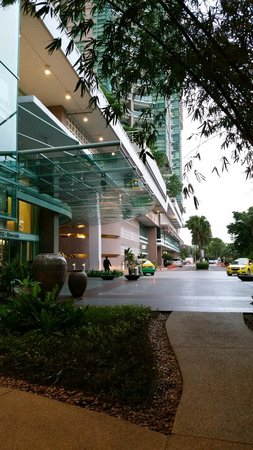 Chatrium Hotel Riverside Bangkok: front of property