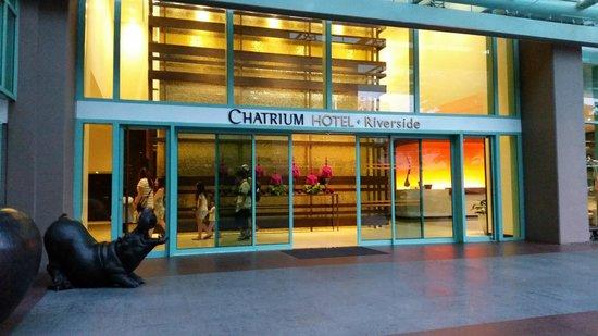 Chatrium Hotel Riverside Bangkok: main entrance