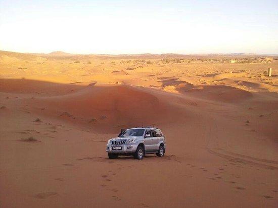Viajes Marruecos 4x4: Vista desde la gran duna Merzouga