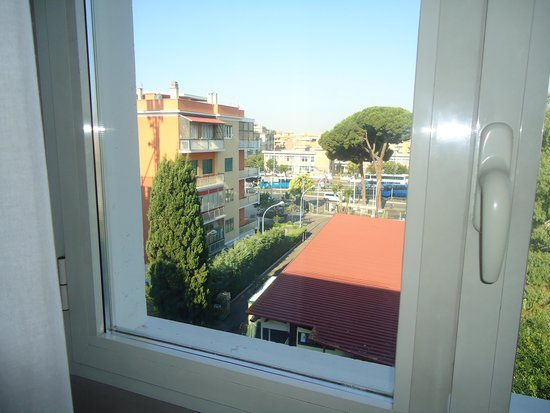 Hotel Club House Roma: View