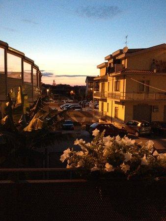 B&B Luca: Завтракать, обедать и ужинать можно на балконе.