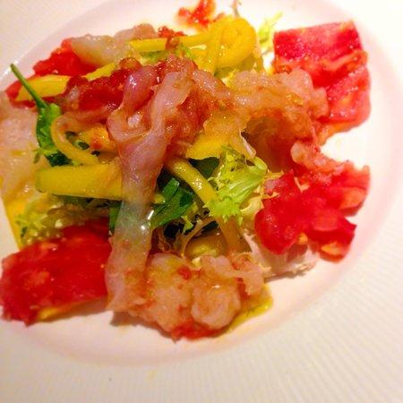 La Lubina: Ensalada de bacalao y mango