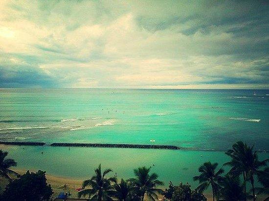 Alohilani Resort Waikiki Beach : Вид с балкона