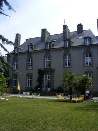 Le Valmarin : Hotel from the garden