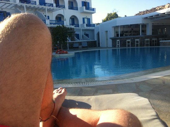Argo Hotel Mykonos: My rest at the swiming pool