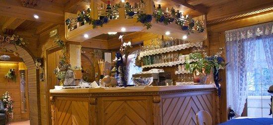 Albergo Genziana: Bar