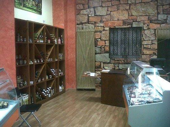 Productos de la Sierra: Interior de la tienda