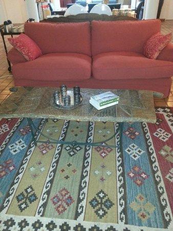 Jacana Gardens Guest Lodge: Public Area - Living Room