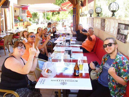 Club Evin Marmaris: Having a good meal