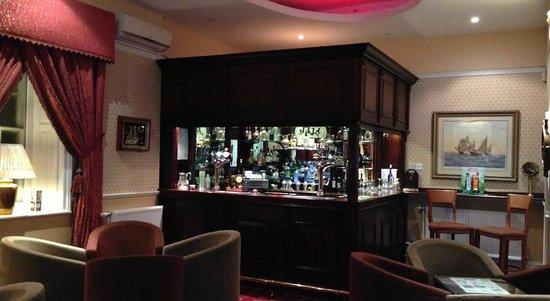 Hardwicke Hall Manor Hotel: Bar and Lounge