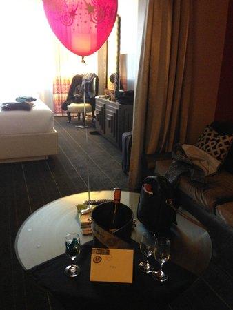 Kimpton Hotel Monaco Seattle: Happy Birthday to Me
