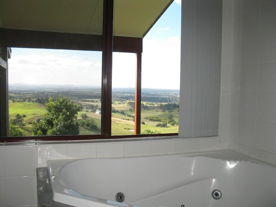Bimbadeen Estate: View from the bathroom !!